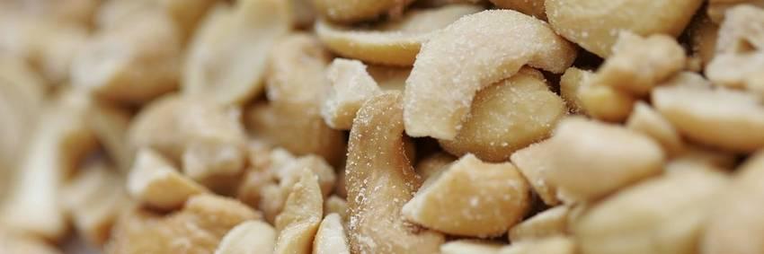 Koolhydraatarme noten eten? Ontdek van welke soort je het beste afvalt!
